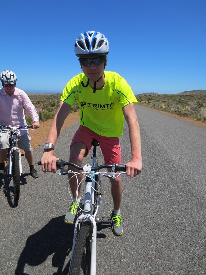 Redo att cykla ut mot Cape Point